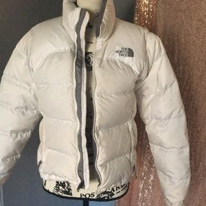White north face jacket 700